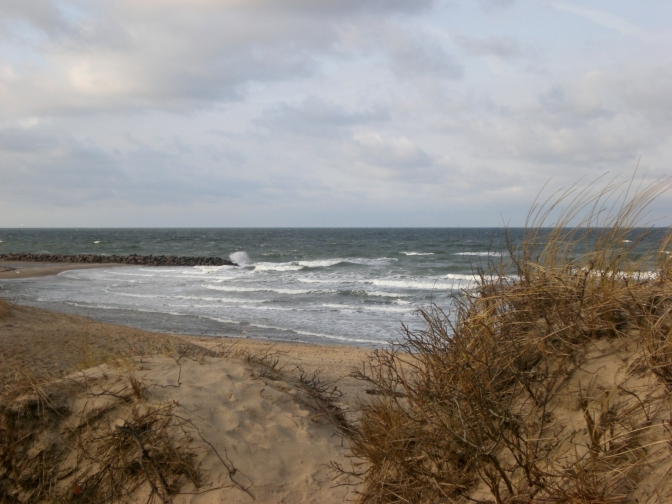 Flucht aus dem Grau: Liseleje Strand, Seeland, Dänemark